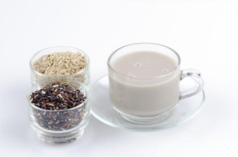 Как сделать рисовый отвар ребенку при поносе