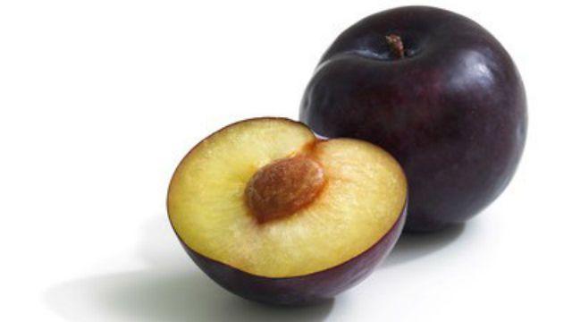 Этот фрукт заменит целый комплекс витаминов, улучшит пищеварение и защитит сердце!